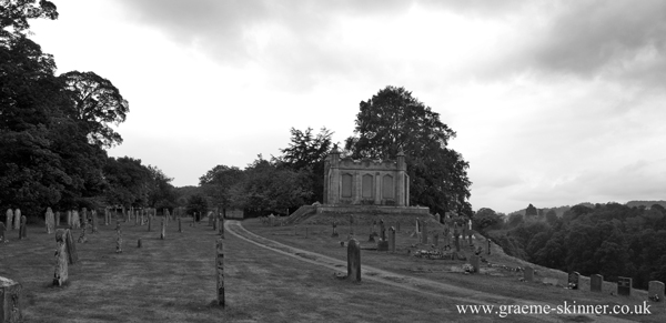 mausoleum_1_600