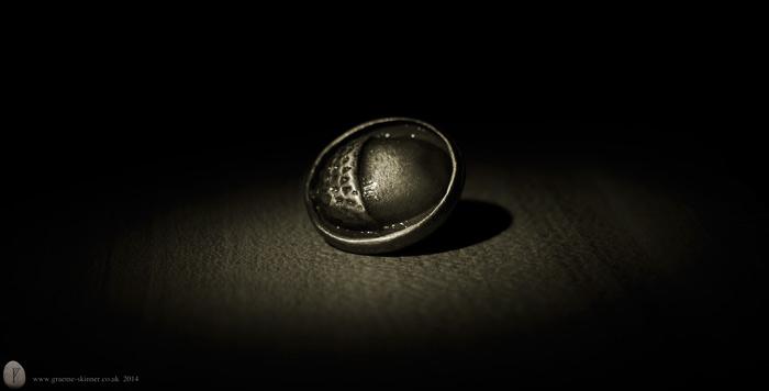 Acorn Button